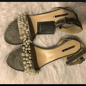 NWT Zara grey velvet sandals